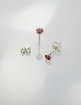 Ref. 727/2 Poussettes d'oreille avec zircon rouge 4 mm
