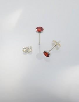 Ref. 728/2 Poussettes d'oreille avec zircon rouge 4,5 mm